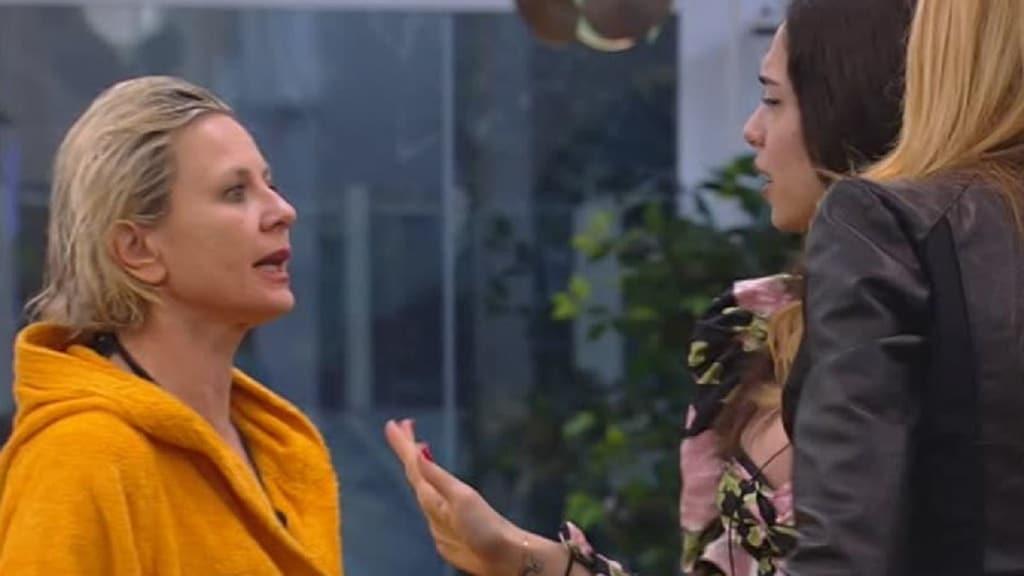 Antonella Elia e la lite con Adriana Volpe