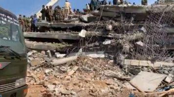 Un hotel in Cambogia è crollato durante i lavori di costruzione. Almeno 7 morti. Si cercano sopravvissuti sotto le macerie. Ultima di una serie di tragedie analoghe