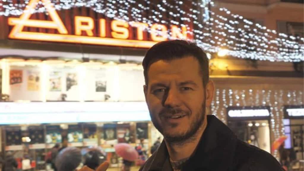 Sanremo, cosa ci fa Cattelan all'Ariston? Spuntano varie ipotesi