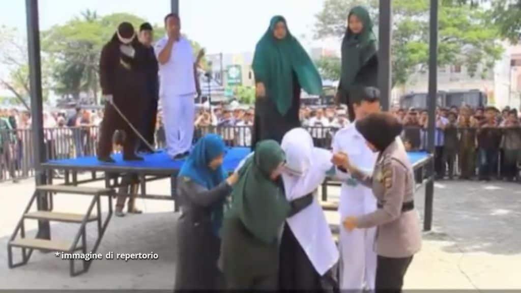 donna frustata indonesia