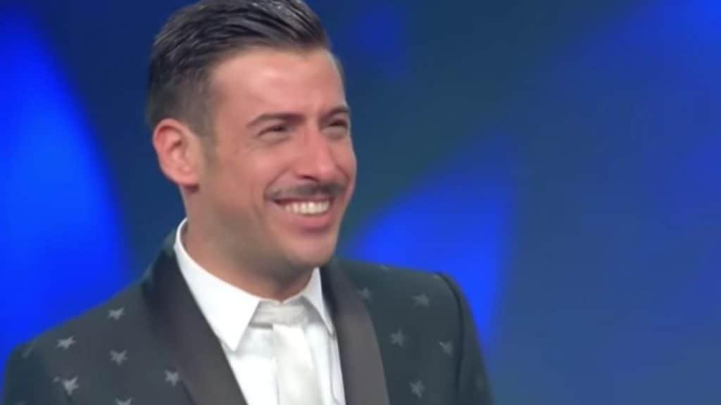 """Il testo di """"Viceversa"""", canzone di Francesco Gabbani a Sanr"""