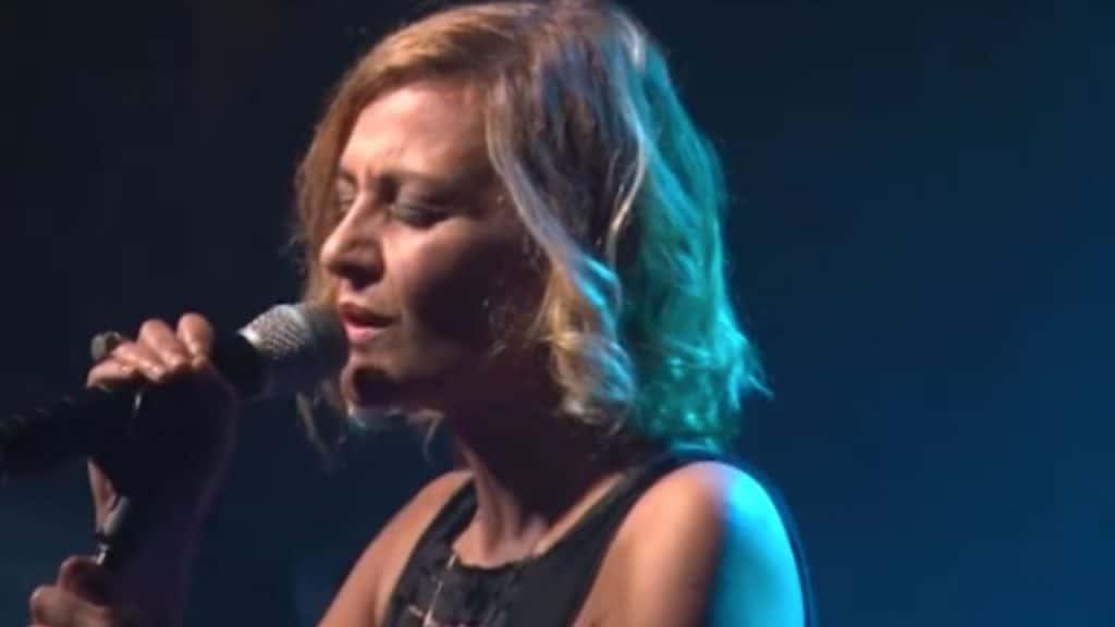 """Il testo di """"Finalmente io"""", canzone di Irene Grandi a Sanre"""