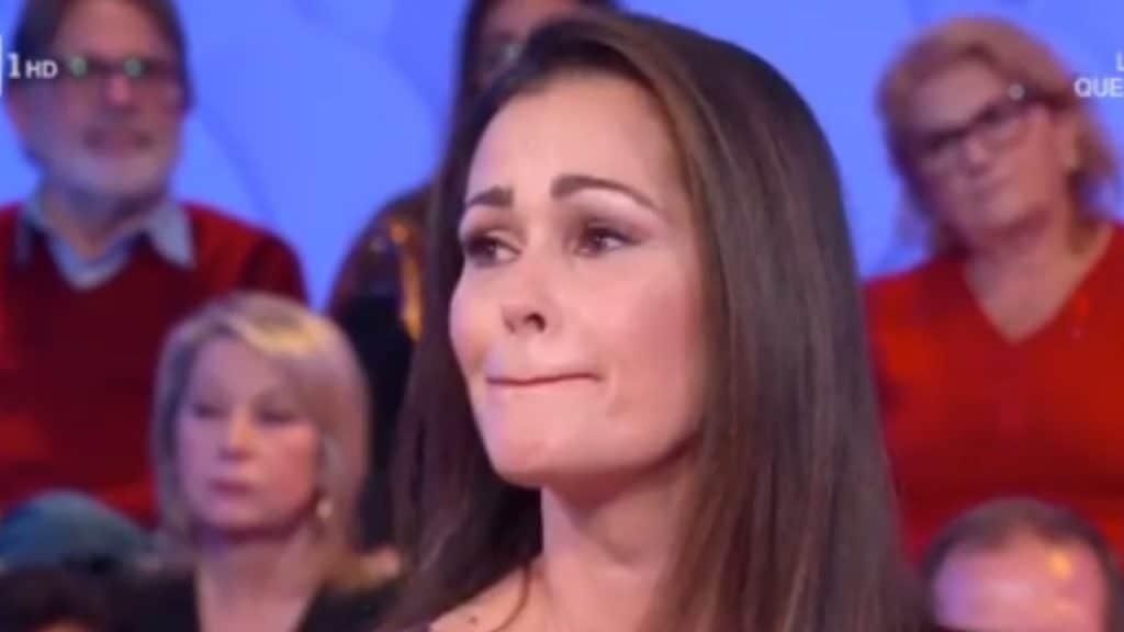 Samantha De Grenet parla del figlio e cede alle lacrime in d