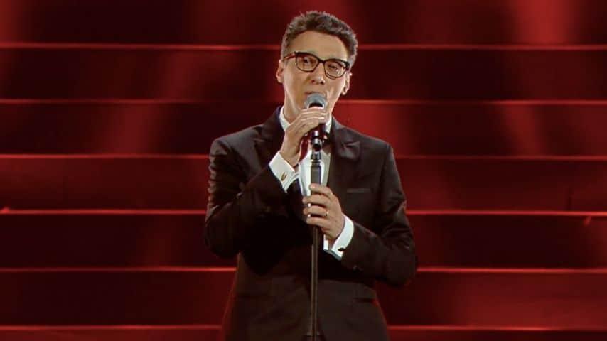 Paolo Jannacci canta Voglio parlarti adessoPaolo Jannacci canta Voglio parlarti adesso