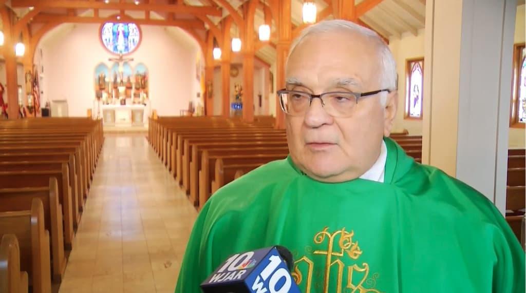 Il sacerdote reazionario: