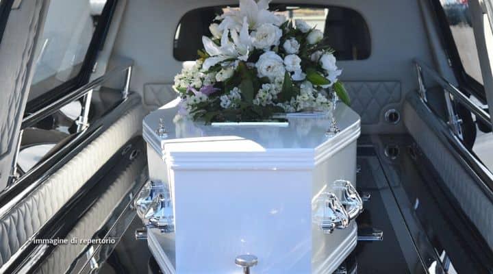 Bara ad un funerale