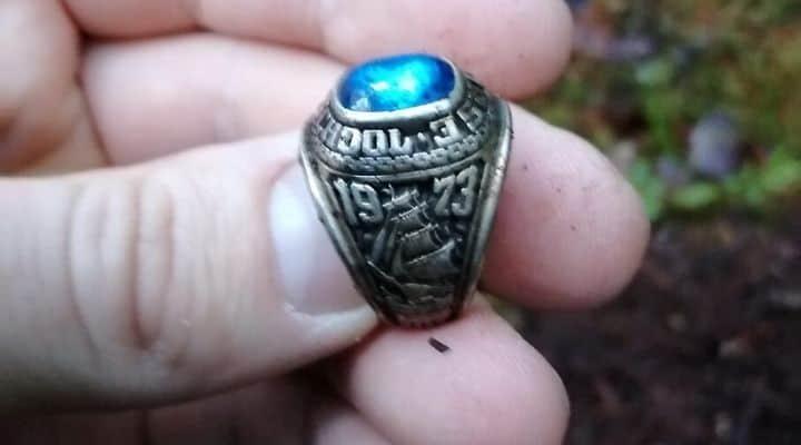 Stati Uniti, perde un anello nel 1973: ritrovato sepolto in