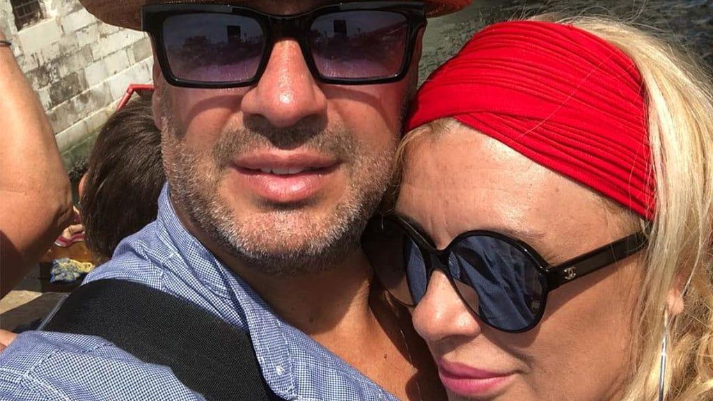 Primo piano di Vincenzo Ferrara e Tina Cipollari