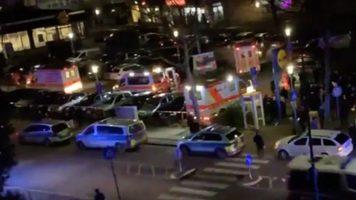 ambulanze dopo la sparatoria in Germania ad Hanau