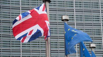 bandiere del regno unito e dell'europa