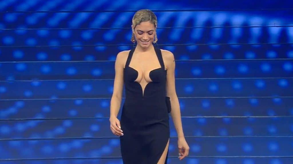 Elodie durante la finale di Sanremo