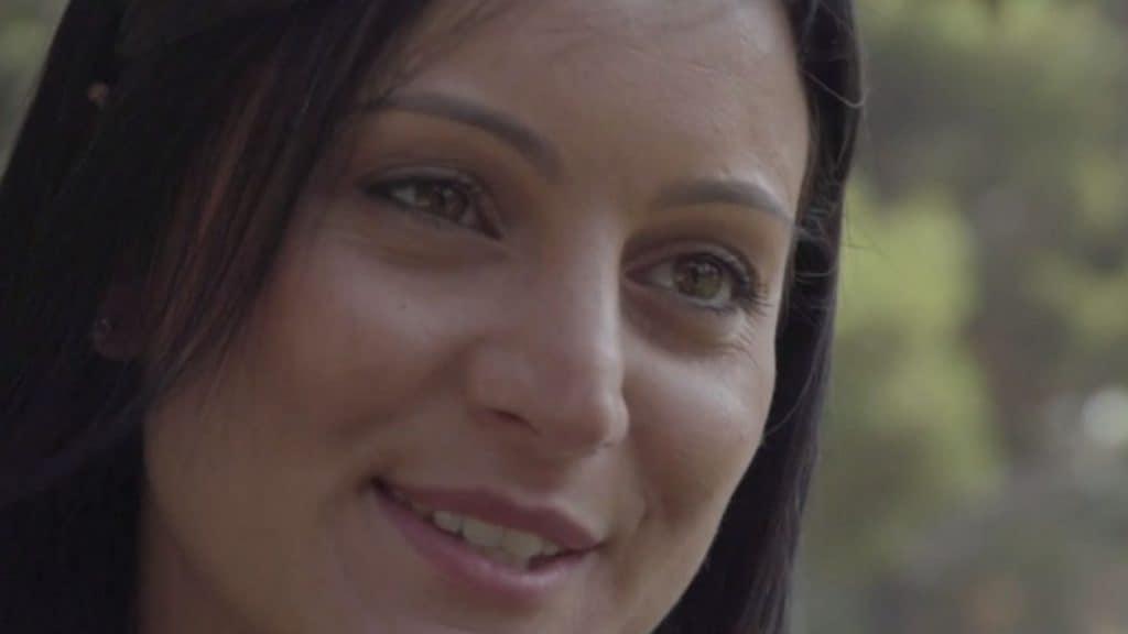 Erica racconta la sua malattia rara: la sindrome da odore di