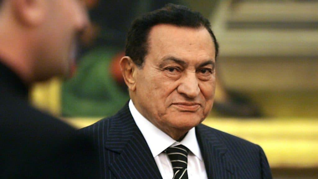 Morto l'ex Presidente egiziano Hosni Mubarak: era malato da
