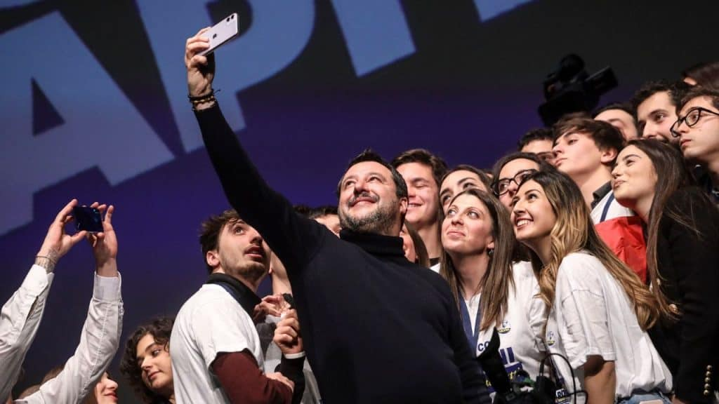 """Matteo Salvini shock sull'aborto: """"Stile di vita incivile"""""""