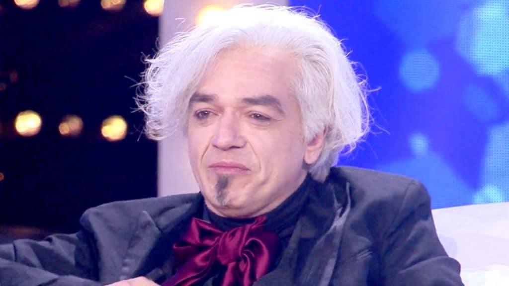 """Morgan mette all'asta il foglio di Sanremo: """"Il ricavato in"""