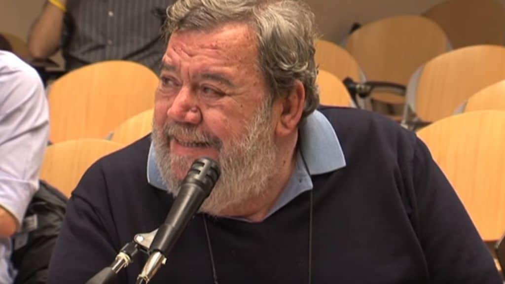Muore a 74 anni Gianni Mura, scrittore e giornalista storico di Repubblica. Stroncato da un arresto cardiaco a Senigallia. Scrisse per una vita di calcio e ciclismo (Screenshot youtube Luiss Guido Carli)