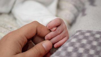 Neonata morta in ospedale ad ucciderla un batterio sul sapone ospedaliero per medici e infermieri. Tragedia a Bari (Immagine di repertorio)