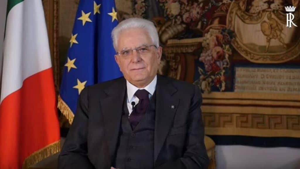 Videomessaggio del Presidente della Repubblica Mattarella dedicato, oggi 8 marzo, alle donne che stanno combattendo il coronavirus. Le donne sono motori del cambiamento (Youtube, screenshot Quirinale)