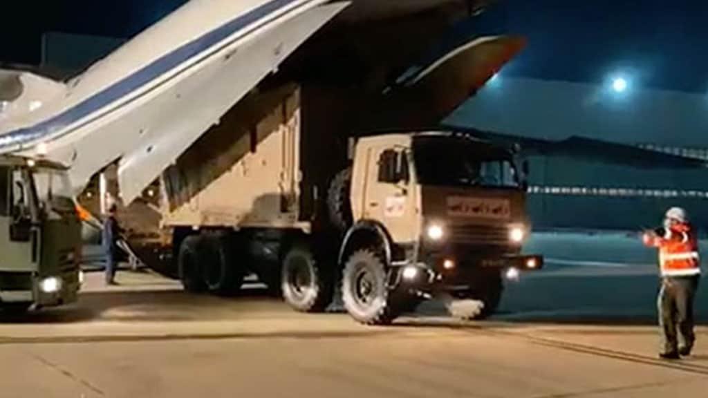 camion con aiuti dalla Russia