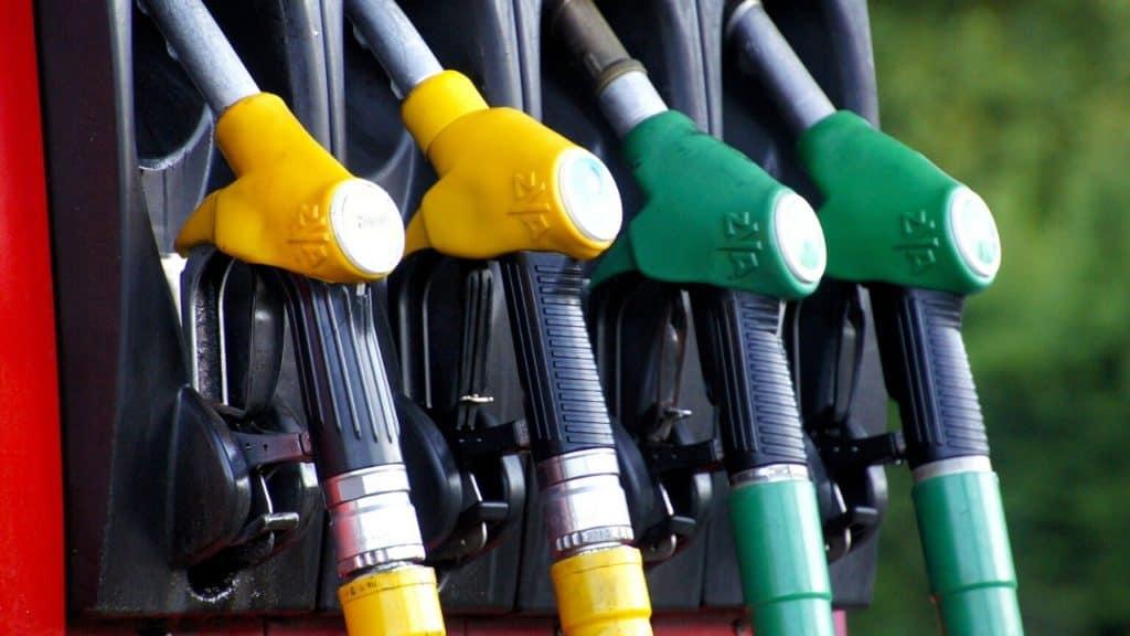 """Coronavirus, i benzinai revocano lo sciopero: """"Vogliamo aiut"""