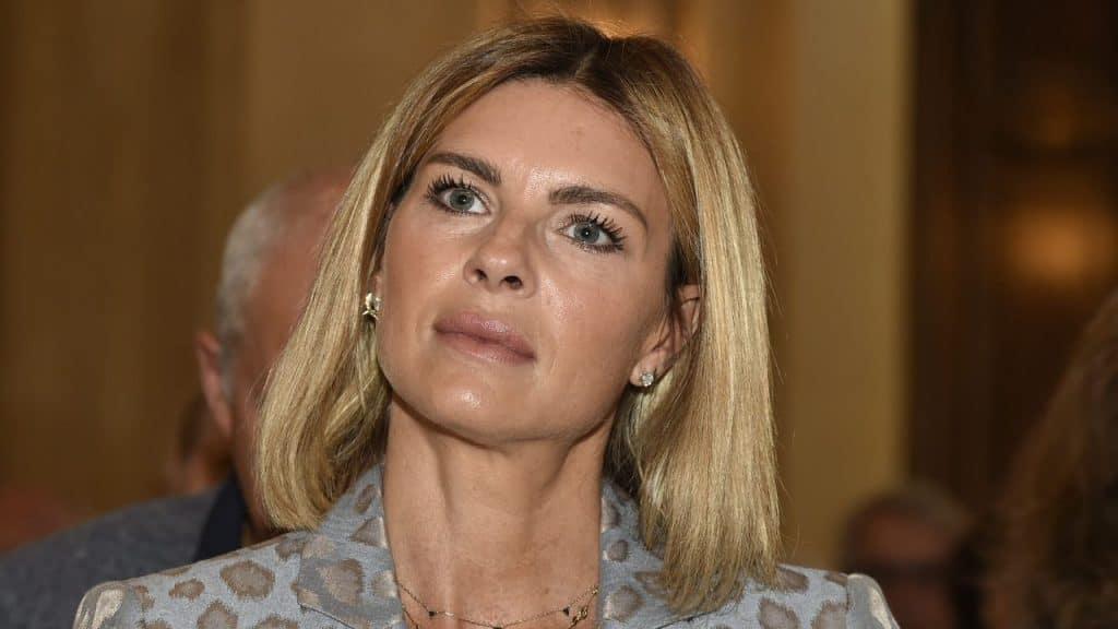 """Martina Colombari e gli insulti sui social: """"Bisogna imparar"""