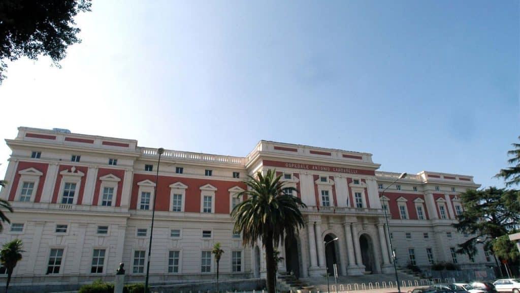 CORONAVIRUS, POSITIVO OPERAIO ARCELOR MITTAL DI TARANTO/ Pri