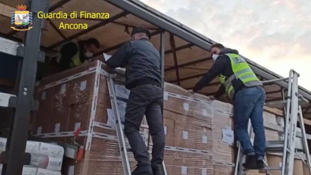 sequestro di respiratori ad Ancona