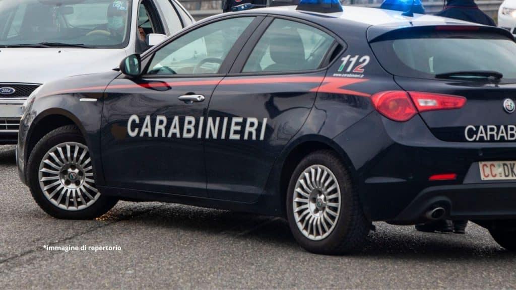 Messina, strangola la fidanzata in casa e chiama i carabinie