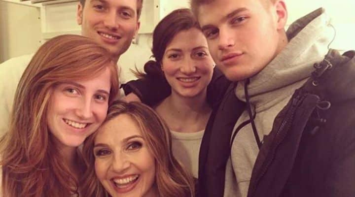 Lorella Cuccarini con marito e figli