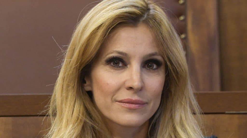 Adriana Volpe in crisi, flop di ascolti per Ogni Mattina