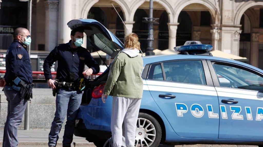 agenti della polizia