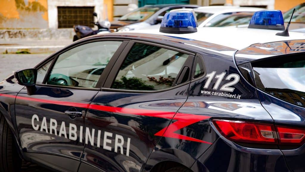 Coronavirus, Alzano Lombardo: carabinieri risolvono la crisi
