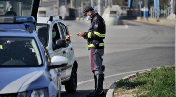 Controlli in strada della polizia