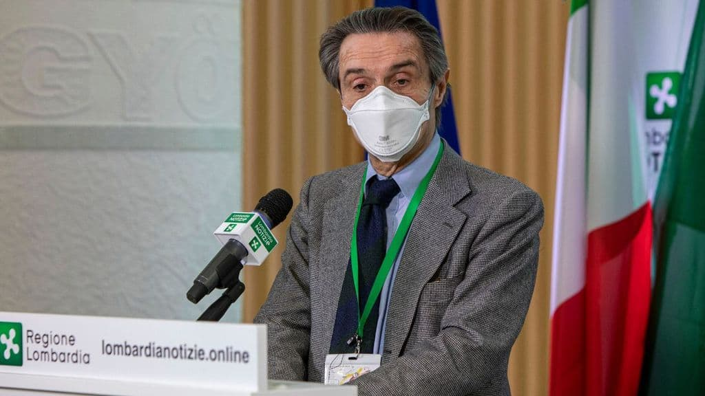 attilio fontana in conferenza stampa