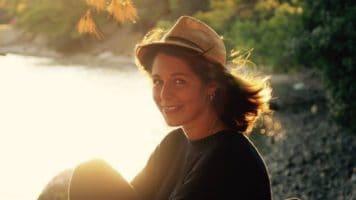 Laura Pintore, ricercatrice 27enne, è rimasta bloccata in Nuova Zelanda durante la pandemia da Coronavirus. Si è fatta portavoce degli italiani all'estero