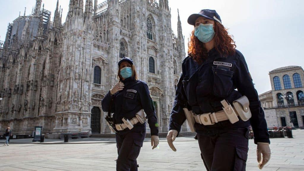 Controlli di Polizia al Duomo di Milano