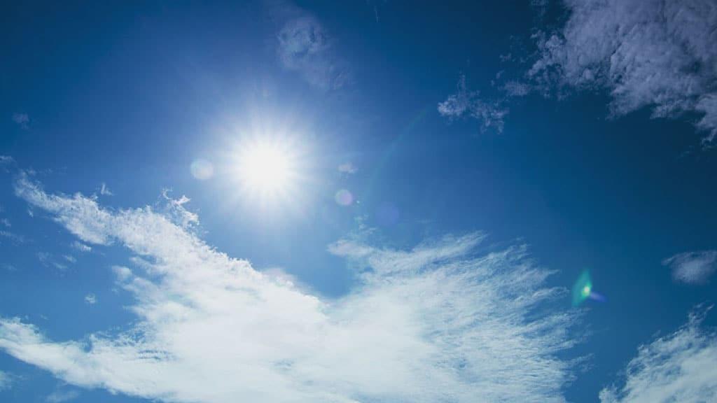 sole e nuvola