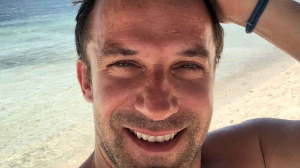 Alessandro Del Piero esce dall'ospedale |  la risposta all'ironia social