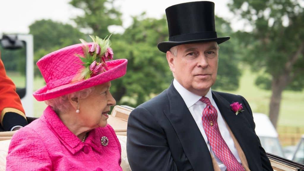 La regina Elisabetta e il duca di York, il principe Andrea