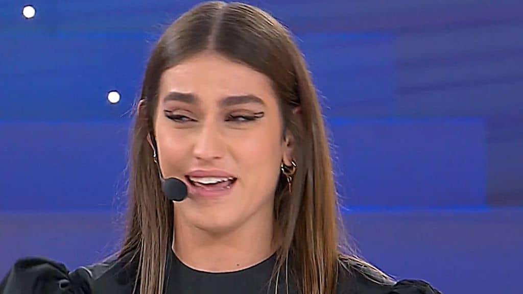 Gaia Gozzi in lacrime ad Amici Speciali