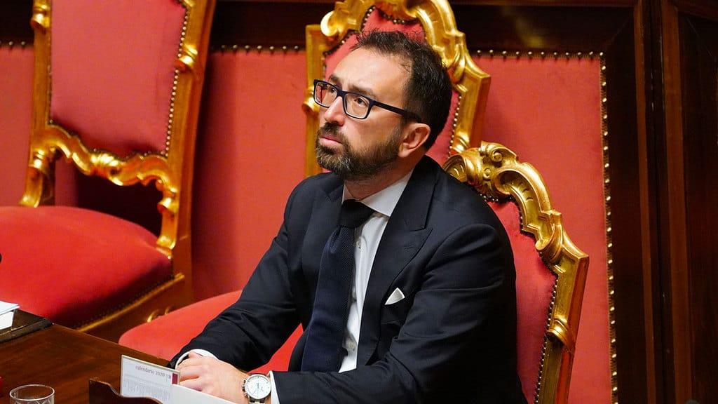 alfonso bonafede ministro della giustizia in aula