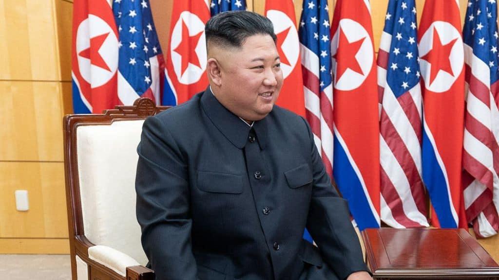kim jong un partecipa ad un vertice