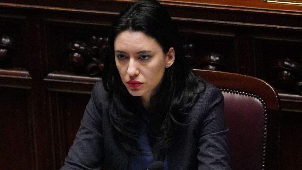 Primo piano del Ministro dell'Istruzione Lucia Azzolina