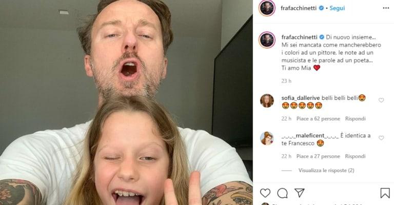 selfie di francesco facchinetti e la figlia mia
