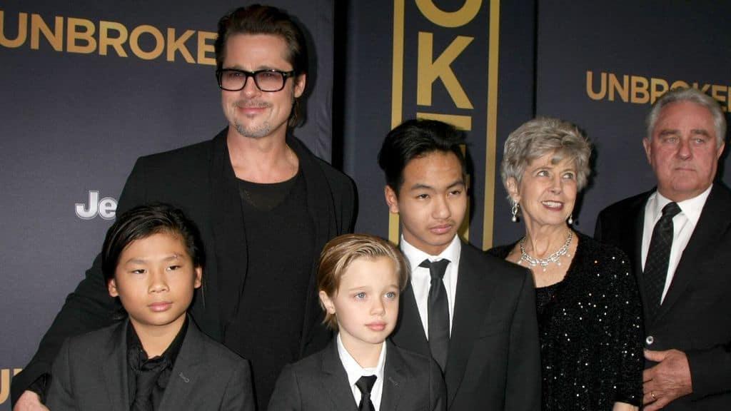 Brad Pitt, Pax, Shiloh, Maddox Jolie-Pitt, Jane Pitt e William Pitt alla prima di