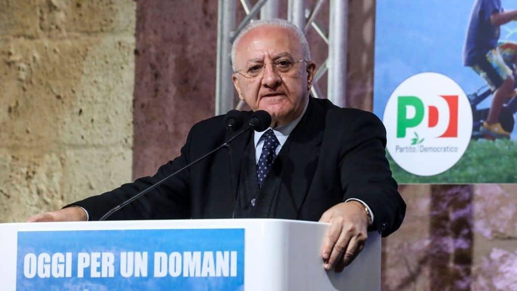 Campania, Vincenzo De Luca prepara la fase 2: la stoccata a Salvini