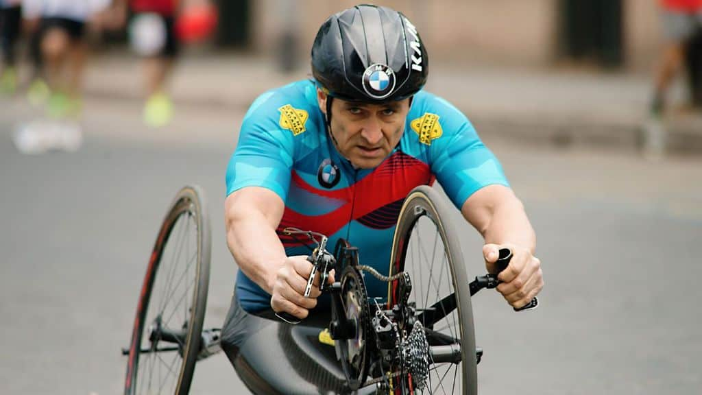 alex zanardi in bici