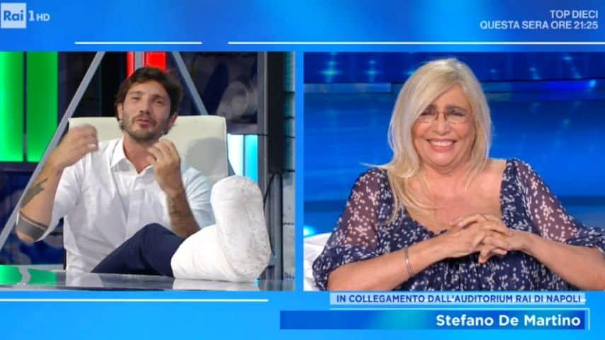 Stefano De Martino in collegamento con Domenica In