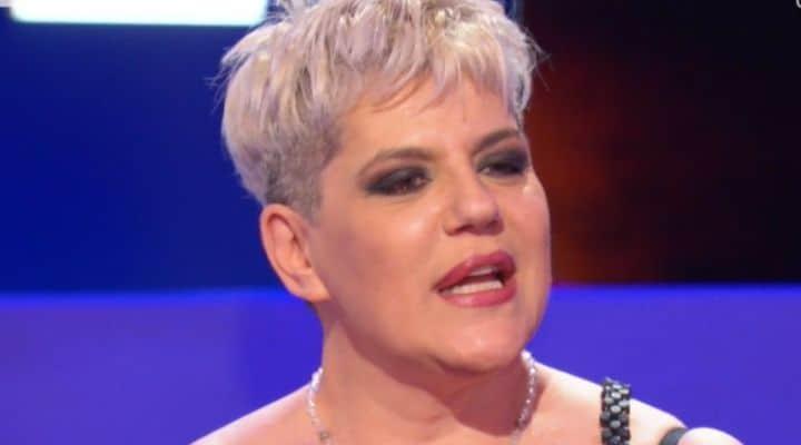 """Manuela Villa e la difficile infanzia, Pierluigi Diaco la difende: """"Mostri"""""""