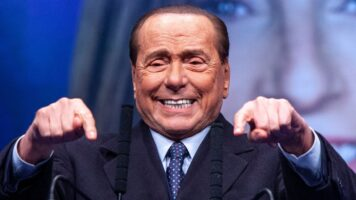 Silvio Berlusconi in primo piano